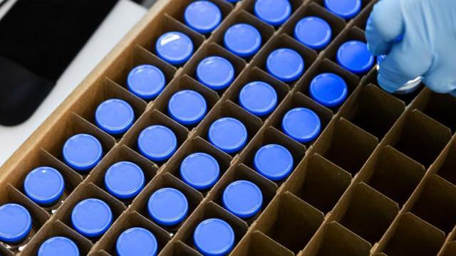 Acord între Pfizer și Gilead pentru producția de Remdesivir. Aproape tot stocul de medicamente va ajunge în Statele Unite