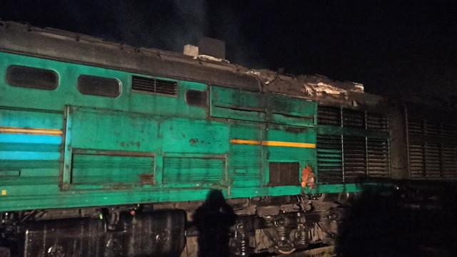FOTO | Incendiu la un tren marfar care se deplasa spre stația feroviară din localitatea Bălțați, raionul Ialoveni