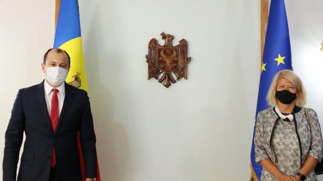 Despre ce a discutat ministrul de Externe cu ambasadorul Italiei la Chișinău