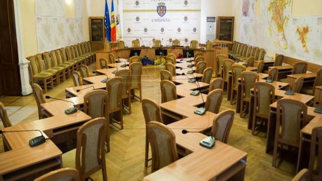 Secretarul Consiliului municipal Chișinău, testat pozitiv la COVID-19
