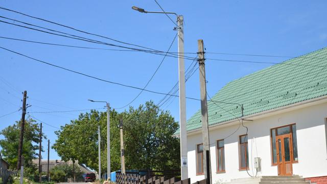Construcția sistemului de iluminat public cu suportul UE în satul Feștelița, raionul Ștefan-Vodă