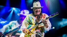 Fonograful de vineri | Carlos Santana