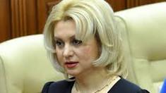 Violeta Ivanov promite pensionarilor pensii de cinci mii de lei dacă devine președinte