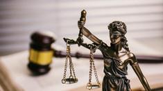Comisia Europeană îndeamnă R.Moldova la reformarea justiției nu doar în teorie, ci și în practică. Ministerul Justiției dă vina pe factorii coruptibili