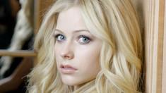 Fonograful de vineri | Relansarea lui Avril Lavigne