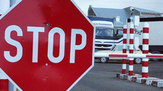 """Timp de o lună, drumul spre postul vamal """"Palanca"""" se va afla în reparație. Traficul de autocamioane cu masa maximă autorizată de peste 3,5 tone va fi redirecționat"""