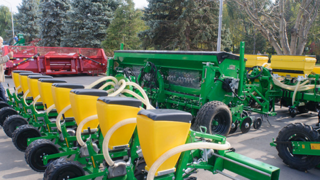 Agricultorii vor putea accesa surse financiare pentru tehnică și echipament agricol, proiect