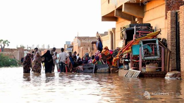 Sudan - Zeci de mii de locuitori rămași fără locuințe în urma inundațiilor au nevoie de ajutor