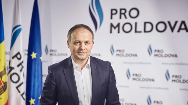 Pro Moldova a depus listele cu semnături pentru susținerea candidatului său Andrian Candu la alegerile prezidențiale