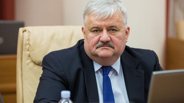 Zece instituții de învățământ din R.Moldova se află în carantină, după două săptămâni de la începutul anului școlar. Ministrul Educației comentează situația