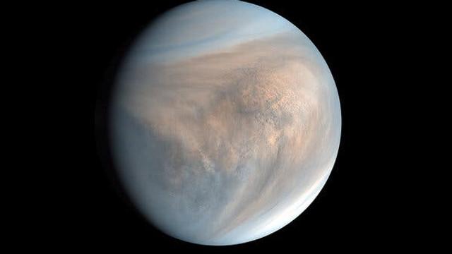 Oamenii de știință susțin că au fost descoperite posibile urme de viață pe planeta Venus