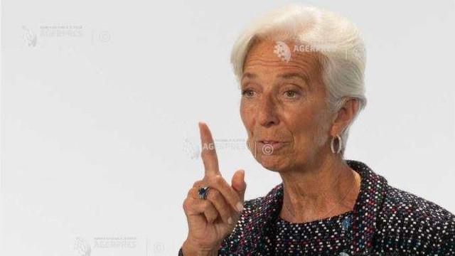 Christine Lagarde critică faptul că un număr mic de femei ocupă posturi de conducere, inclusiv la BCE