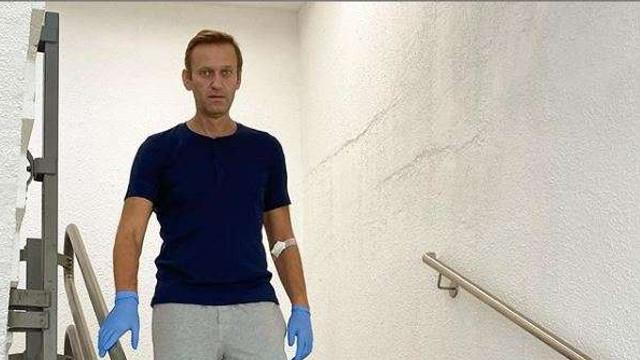 Opozantul rus Alexei Navalnîi a postat pe Instagram o fotografie cu el mergând