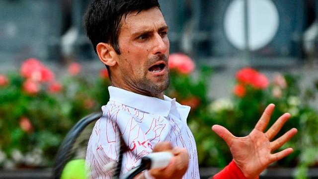 Fanii protestează după ce Halep a primit cu 10 euro mai puțin decât Djokovic pentru titlul de la Roma