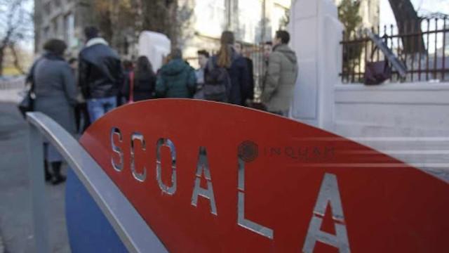 Elevii școlilor din București unde vor fi secții de votare vor sta acasă 3 sau 4 zile