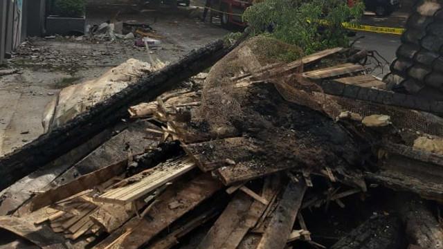 FOTO | Continuă lucrările în vederea lichidării consecințelor incendiului de la Filarmonica Națională