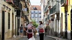 Purtarea măștii pe stradă va deveni obligatorie în Portugalia