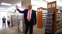 SUA | Donald Trump a votat anticipat, cu zece zile înainte de alegerile prezidențiale. Ce a declarat