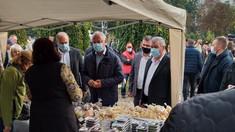 VIDEO | Igor Dodon n-a fost lăsat să treacă la microfoane, la un eveniment organizat la Criuleni