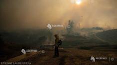 SUA: Violente incendii de vegetație în California, peste 60.000 de persoane evacuate