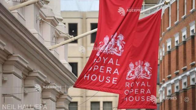 Royal Opera House va scoate la vânzare o pictură de David Hockney pentru a supraviețui în timpul pandemiei