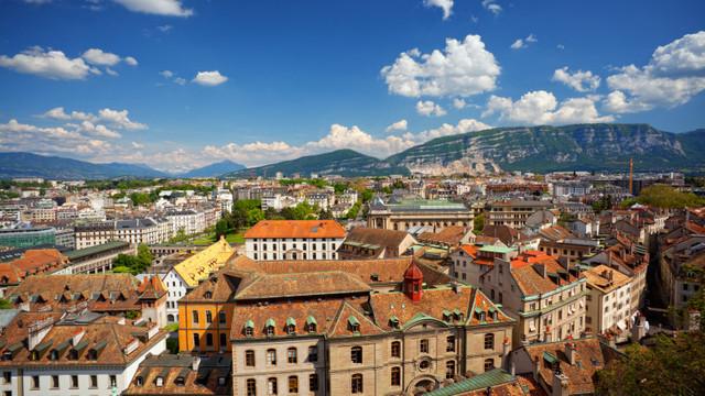 Orașul în care oamenii și-au votat cel mai mare salariu minim din lume, 21 de euro pe oră, dar care abia îi scoate din sărăcie