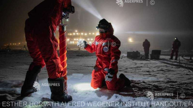 STUDIU | Semnal de alarmă privind topirea banchizelor tras de cercetători după o expediție de 389 de zile la Polul Nord