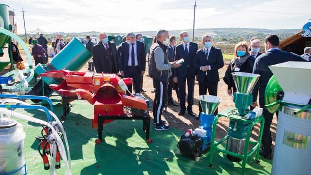 Zeci de companii din R. Moldova, România și Ucraina participă la expozițiile MOLDAGROTECH şi FARMER, organizate într-un format nou