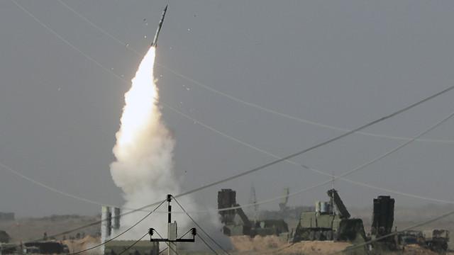 Turcia lansează în premieră o rachetă rusească a sistemului antiaerian S-400 și provoacă furia SUA și îngrijorarea NATO