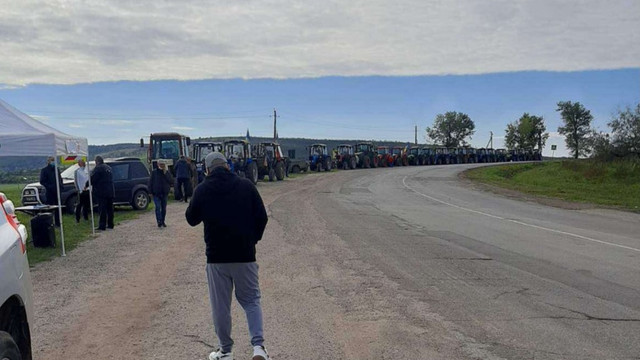 Un nou protest al fermierilor. Ei susțin că majoritatea promisiunilor, făcute de guvernare în august, au rămas nerealizate