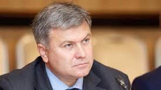 Ziarul Național/Victor Chirilă: Parlamentul ar trebui să ceară audierea șefului SIS pe marginea investigației RISE Moldova privind colaborarea președintelui cu serviciile rusești