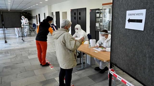 Coronavirus: Slovacia își continuă planul de testare a întregii sale populații cu vârsta peste 10 ani