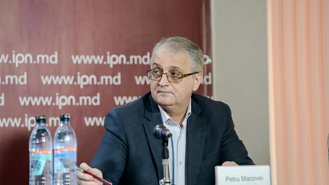 Petru Macovei: Media transmite foarte multe opinii și prea puține știri echilibrate în campania electorală