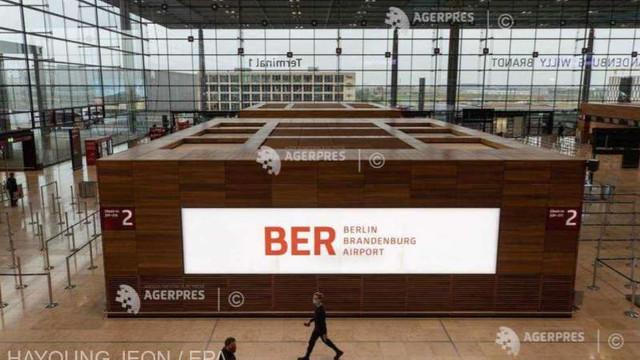 Noul aeroport internațional din Berlin se deschide sâmbătă, în mijlocul unei crize a industriei aeronautice