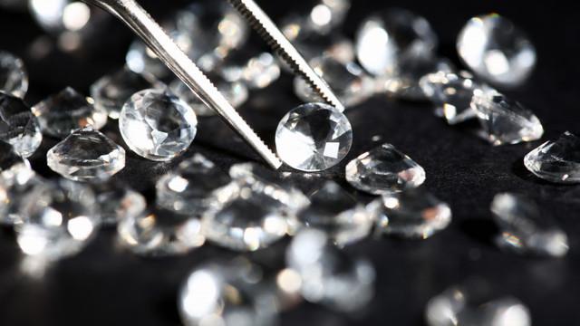 Omul care a reușit să facă diamante din poluare