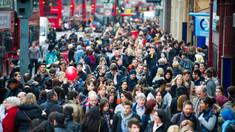Marea Britanie înregistrează cea mai mare cădere a PIB din ultimii 300 de ani