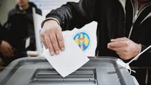 Președintele CEC, despre votul din diaspora: Este important ca și alegătorii să se autoorganizeze pentru a nu crea deficiențe la vot