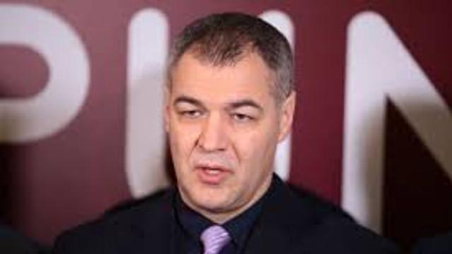 Autorii sesizării la CCM: Legea privind statutul special al limbii ruse este discriminatorie
