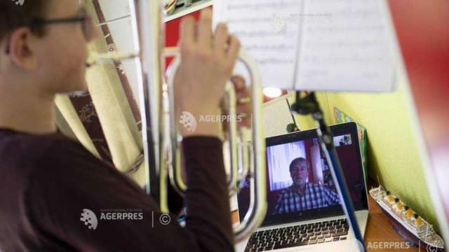 STUDIU | Munca de acasă, risc major de securitate cibernetică