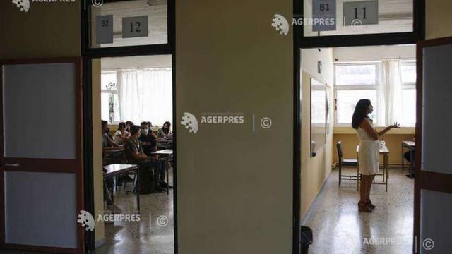 Coronavirus: Grecia închide colegiile și liceele ca parte a instituirii unui lockdown la nivel național