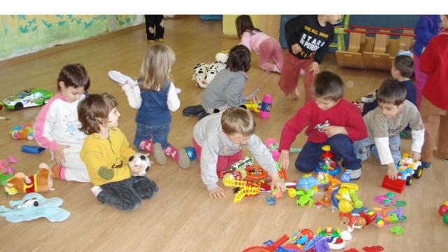 Din luna noiembrie, încă cinci mii de copii merg la grădinițele din Chișinău
