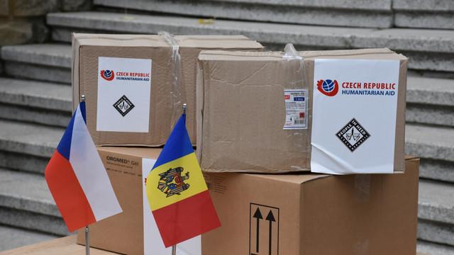 Echipamente de protecție împotriva COVID, donate de Cehia