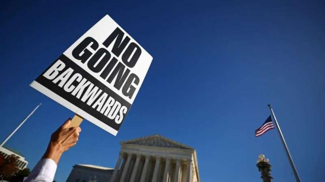 Curtea Supremă din SUA a început audierile cu privire la soarta Obamacare