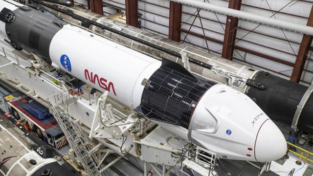 NASA a aprobat ca SpaceX, compania lui Elon Musk, să transporte oameni în Spațiu: