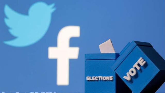 SUA: Facebook prelungește cu o lună interdicția de reclame politice post-electorale