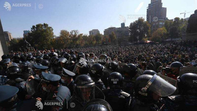 Nagorno-Karabah: Zece reprezentanți marcanți ai opoziției armene, arestați după manifestații împotriva acordului de încetare a focului