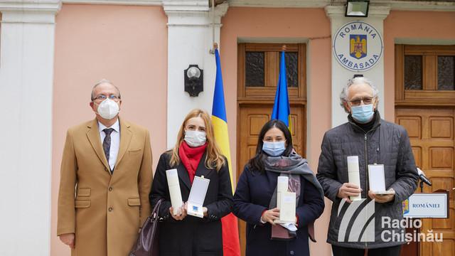 GALERIE FOTO | Înmânarea distincțiilor conferite de președintele României. Daniel Ioniță: Prin ceea ce faceți, simțim că limba română trăiește, reușiți să deschideți mințile, sufletele celor care nu au uitat cine sunt