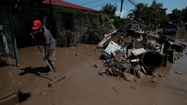 Guvernul din Mexic recunoaște că provocat o inundație care a lăsat zeci de mii de oameni fără adăpost