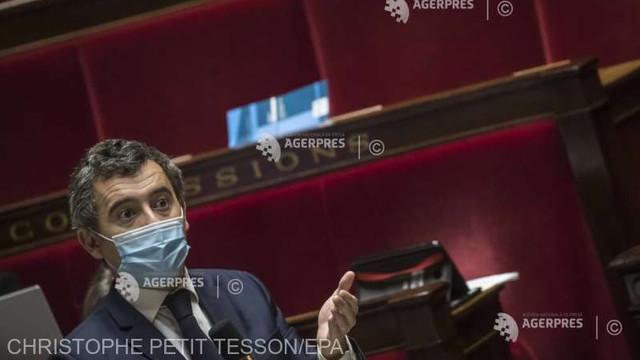 Parlamentul francez a adoptat un articol de lege controversat ce limitează difuzarea de imagini ale polițiștilor