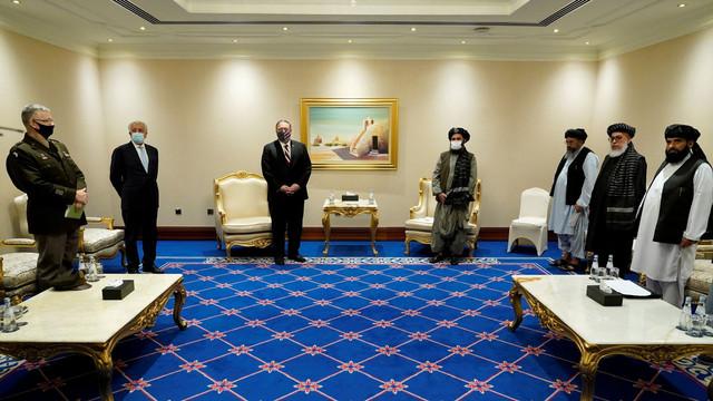 Qatar: Secretarul de stat american Mike Pompeo a discutat cu negociatorii talibani